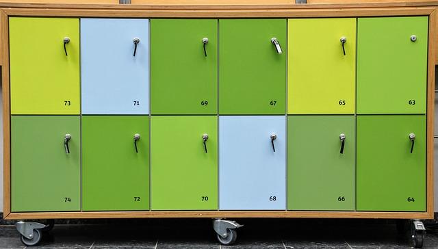 číslované skříňky