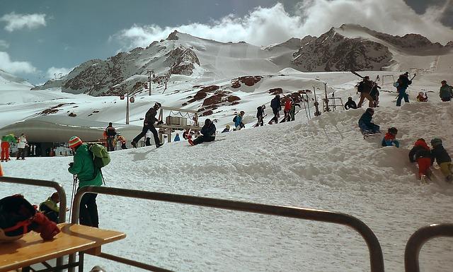 lidé na horách